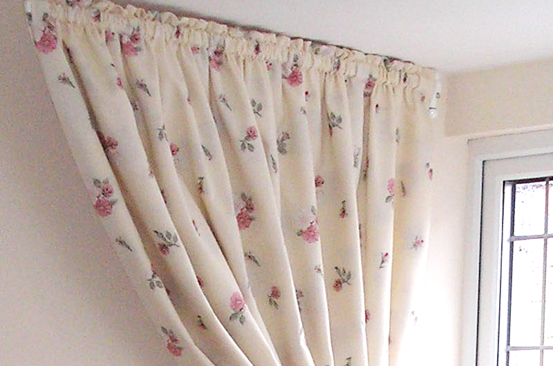 handmade bespoke dorma window curtains